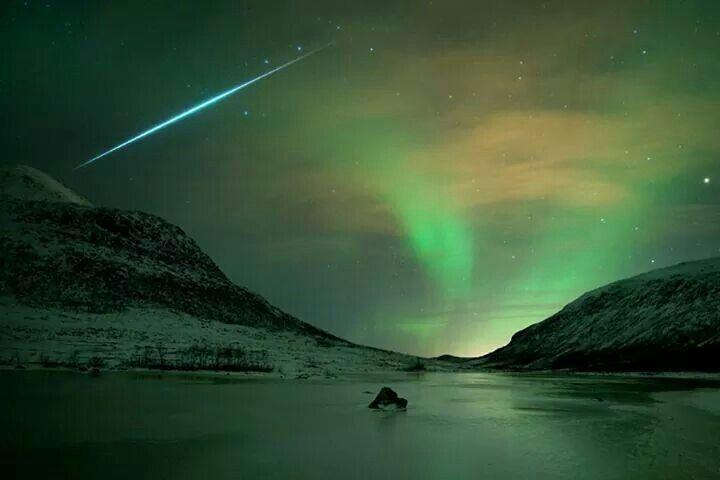 star and aurora