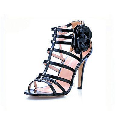 lackläder med blomma sandaler – SEK Kr. 427