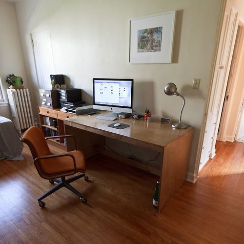 The Michael DeskArtists Christopher, Originals Post, 4Th October, Fellows Artists, Classic Style, Absolute Perfect, Michael Desks, Imac Workspaces, Brown Decor
