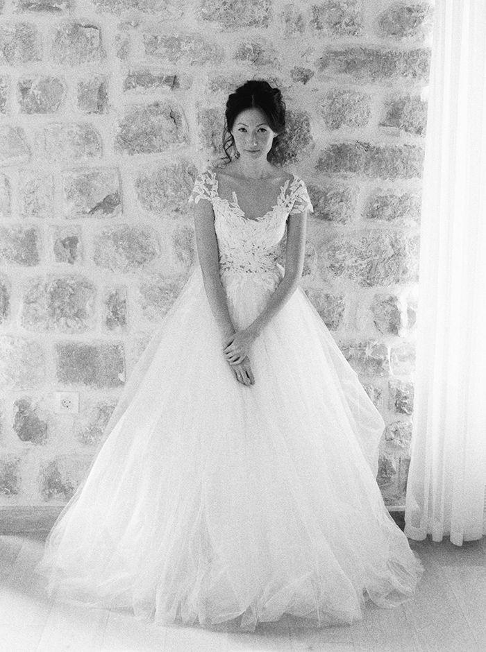Dreamy Mountainside Wedding Inspiration via oncewed.com #wedding #bride #weddingdress #spring #mountains #romantic #elegant #lace #feminine