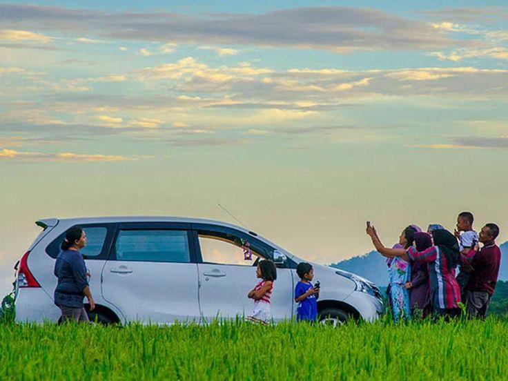 Penjualan Toyota Avanza Masih Stabil Daripada Mitsubishi Xpander