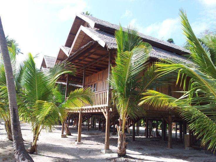 Genieten in Wakatobi, een van de laatste écht ongerepte stukjes Indonesië! Rondreis - Vakantie - Duiksafari - Duiken - Scubadive Holiday - Indonesië - Zuidoost-Sulawesi - Wakatobi - Patuno Resort - Original Asia