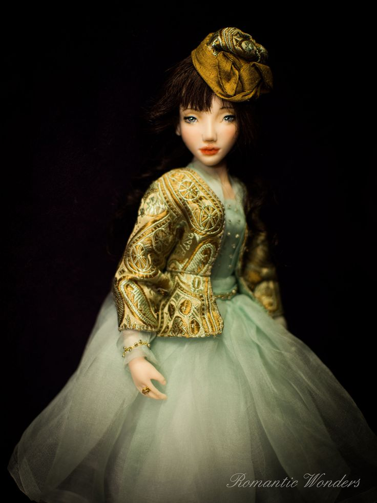 Romantic Wonders Dolls