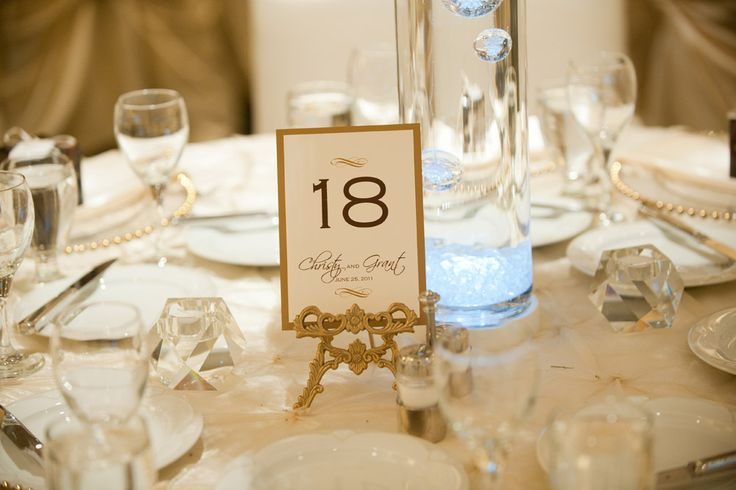 picture_frame_gold_table_number Table stand by Elegant Touches Table number by Notables