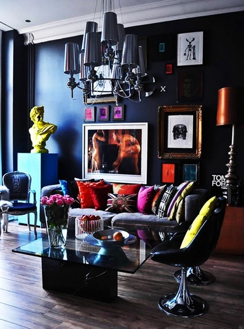 : Living Rooms, Pop Of Colors, Interiors Design, Retro Chairs, Chic Interiors, Dark Wall, Black Wall, Glasses Tables, London Apartment