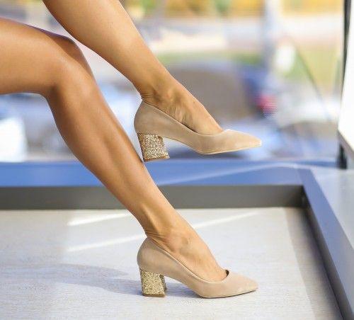 Pe Bazar-net.ro un magazin online de reduceri si oferte gasesti: Pantofi Moly Bej un produs la reducere vandut de dEpurtat.ro la pretul de 79.0 de lei. Daca vrei sa comanzi acest produs da CLICK pe…
