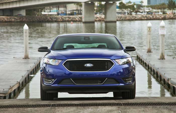 2018 Ford Taurus SHO overview