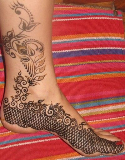 10 Best Foot Mehndi Designs..