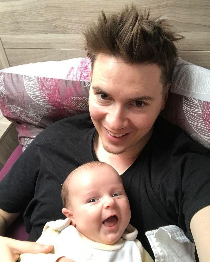 Dobré ráno #goodmorning #baby #babysmile #daddy #selfie