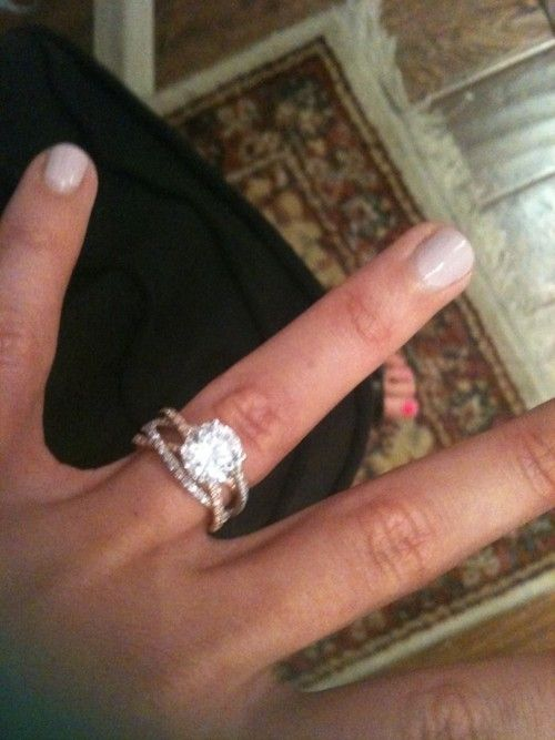 """3 crossing wedding bands. Ecc. 4:12 states """"a cord of 3 strands is not quickly broken"""" God, Husband and wife! love"""
