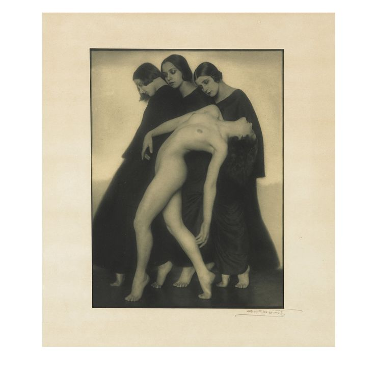 Rudolf Koppitz  Sotheby's Photographies auction in Paris on 10 May features photographs from various owners including an important group of works by the pioneering Czech master Josef Sudek, as well as works by Rudolf Koppitz, Heinrich Kühn, Man Ray, Eugène Atget, Helmut Newton and Shirin Neshat. This is Sotheby's inaugural May sale in Paris, which henceforth will be our European centre for auctions in this field.
