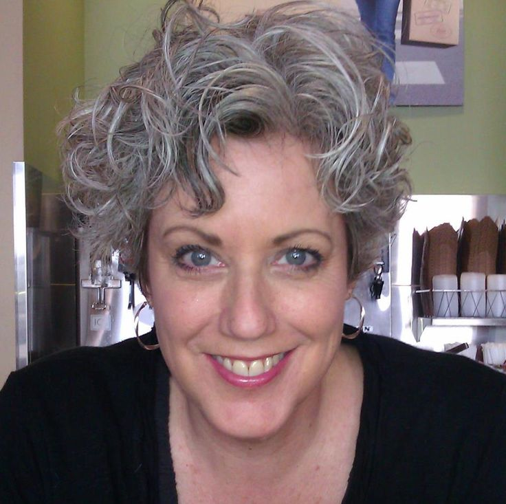 short curly hairstyles grey