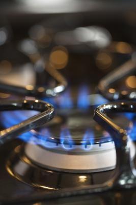 Cómo quitar las manchas de los quemadores blancos de una estufa de gas sin rayarlos | eHow en Español