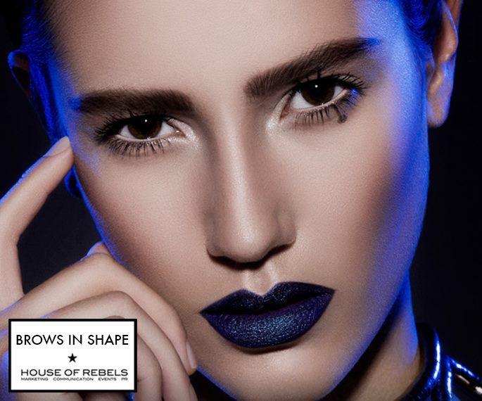De hele dag perfecte wenkbrauwen met de PRO Brow Gel Liner van Make-up Studio Official Channel [dutch]! http://www.houseofrebels.com/brows-in-shape/ #browsinshape #makeupstudio #pr #beauty #houseofrebels