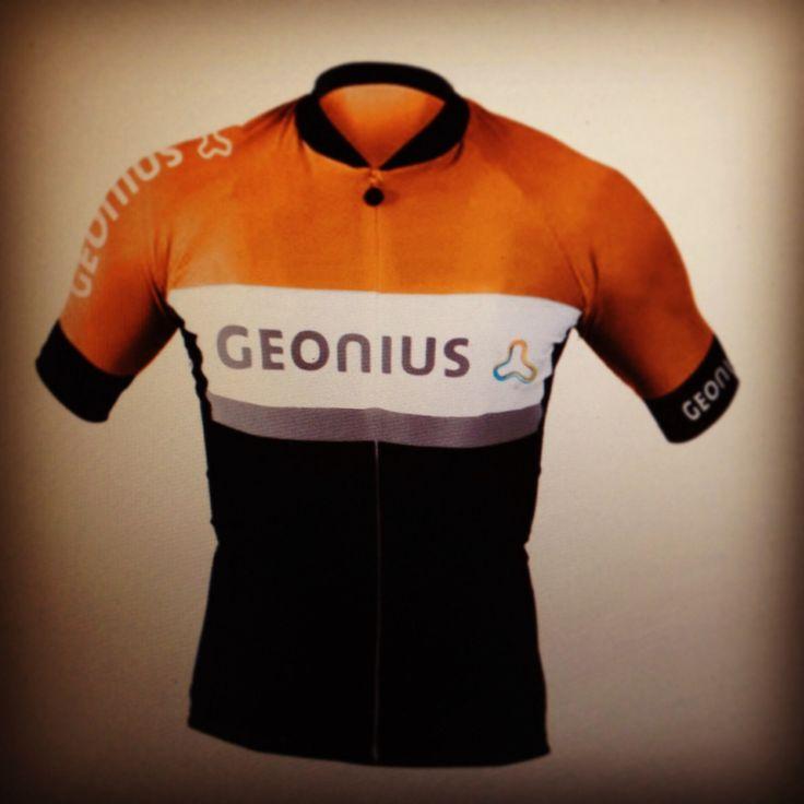 Geonius Pro Cycling Team (jersey concept) by: E.R.P. Elschott (Avenue '86 - creative design workshop) #geonius #cycling #cyclingjersey #wielrenshirt #shirt #outfit #wielertenue #photoshop #design #ontwerp #concept #graphicdesign #grafischontwerp #graphics #avenue86 #erpelschott