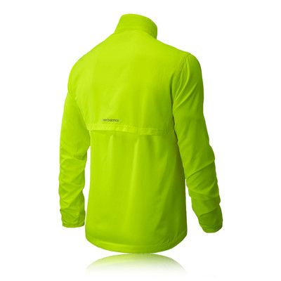 NEW BALANCE SEQUENCE RUNNING JACKET £29.95 RRP £39.99 | SAVE £10.04 www.sportsshoes.com