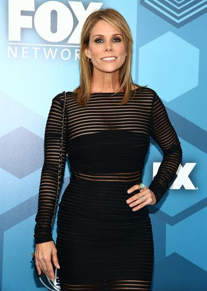 Cheryl Hines Photos - Actress Cheryl Hines attends FOX 2016 Upfront Arrivals at Wollman Rink, Central Park on May 16, 2016 in New York City. - FOX 2016 Upfront - Arrivals
