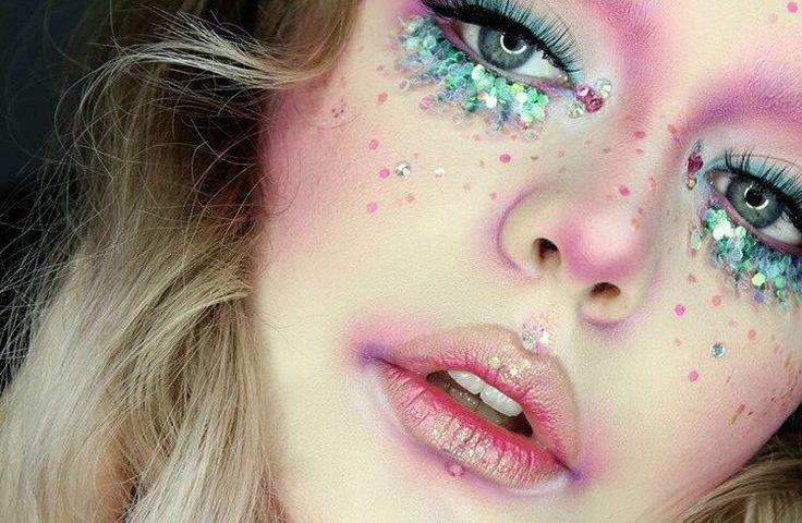 Rosa Mermaid kosmetischer Glitter Gesichtsmaske von FromNicLove auf Etsy https://www.etsy.com/de/listing/270173066/rosa-mermaid-kosmetischer-glitter