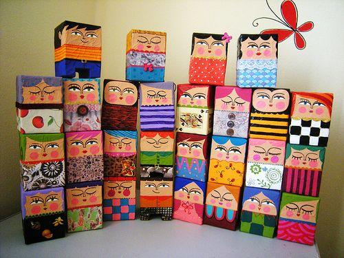 São tão bonitos e originais estes trabalhos em papel maché! Há mais no Flickr .