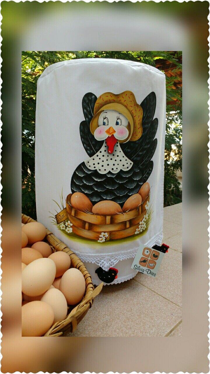 Galinha e seus ovos.