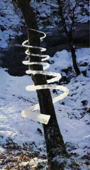 Andy Goldsworthy uses all natural materials