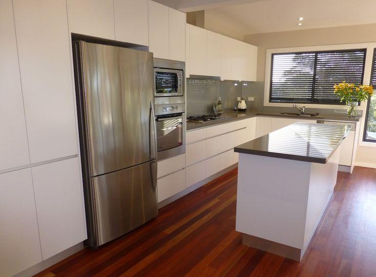 Butcher Block Kitchen Island With Bifold Door