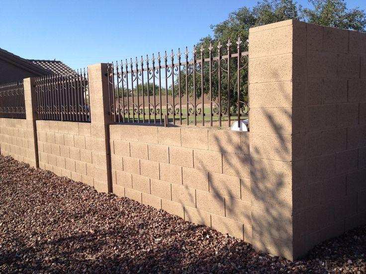 Af4d1d43f6064748eeec894131e38709 Fence Contractors Block Wall Jpg 736 552 Pixels Fence Wall Design Wall Design Fence Design