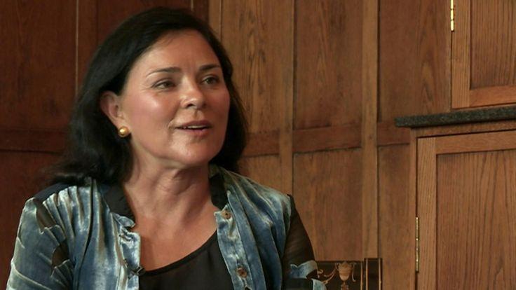 Outlander author Diana Gabaldon says she senses ghosts on the battlefield at Culloden.