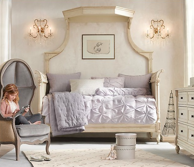 Latest Bedroom Sets Bedroom Decor Women Bedroom Paint Two Colors Green Soccer Bedrooms For Girls: 17 Best Images About Girls Bedrooms On Pinterest