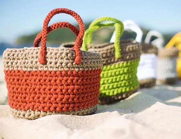 Схемы и описание вязания крючком вязаных пляжных сумок
