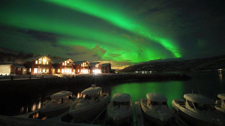Northern Lights captured by our guest last winter! © Linda Hsieh