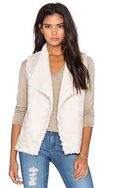 525 america Reversible Faux Shearling Vest in Natural Cream