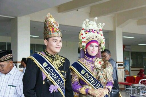 Me as tourism ambassador Banda Aceh 2011, Indonesia. Wear traditional costume, love it