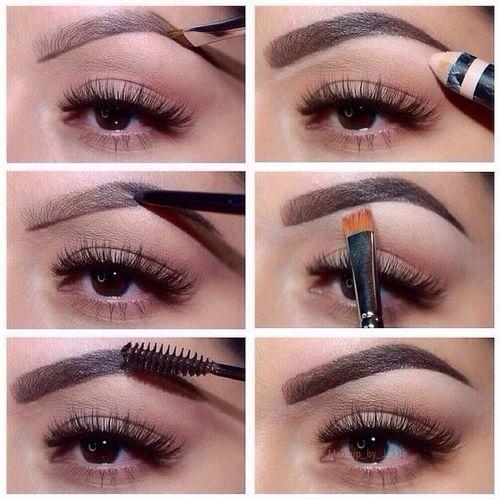 1.   Limpia tus cejas y cepilla tus cejas.     2.  T raza el contorno de la ceja utilizando un lápiz de cejas de color café.  OJO!!! ...