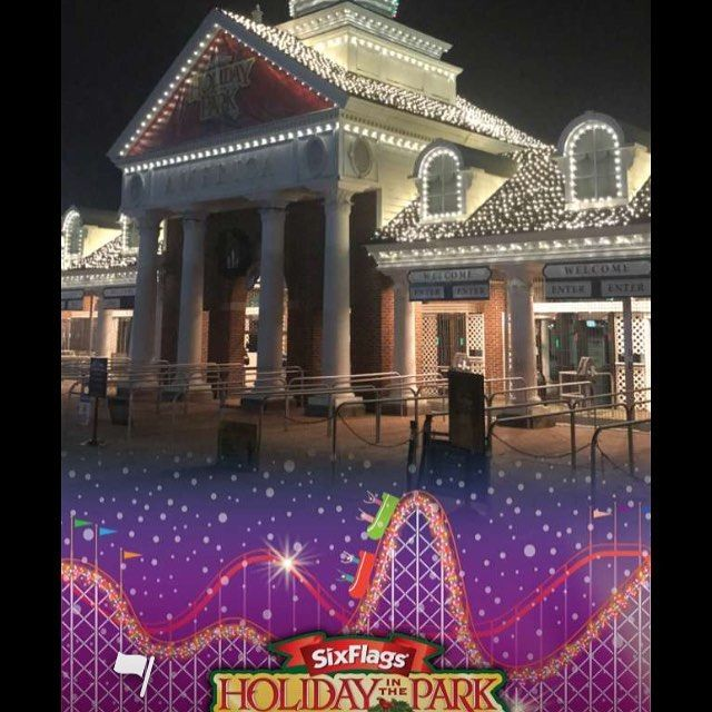 Holidayinthepark Begins Today Gates Open 2pm Christmas Tree Lighting Happens 5pm Today Through Sun Christmas Tree Lighting Six Flags America Christmas Tree