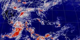 """Alerta amarilla en costas de Oaxaca por depresión tropical """"2-E"""""""