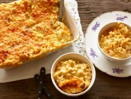 Aunt Chelle's Three Cheese Macaroni and Cheese : Rev Run's Sunday Suppers : Cooking Channel