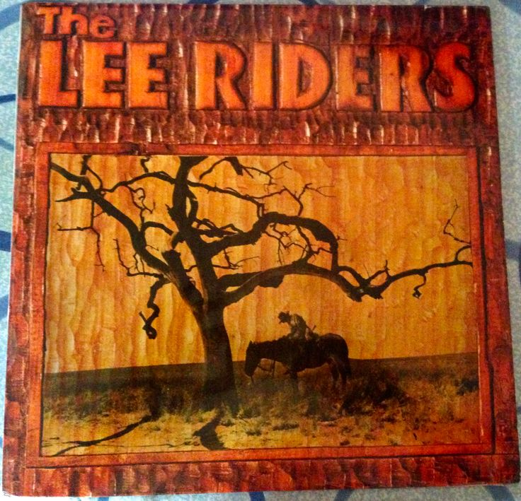 THE LEE RIDERS - Released in 1972 this album has taken me over 5 years to track down. This is a combination of Southern Rock, SSW and Country Rock. The album was recorded in Morgan Studios London and features 2 future members of the Pure Prairie League - Michael Connor & Mike Reilly. The lead singer and songwriter is Robert Lee although I presently know nothing about him.