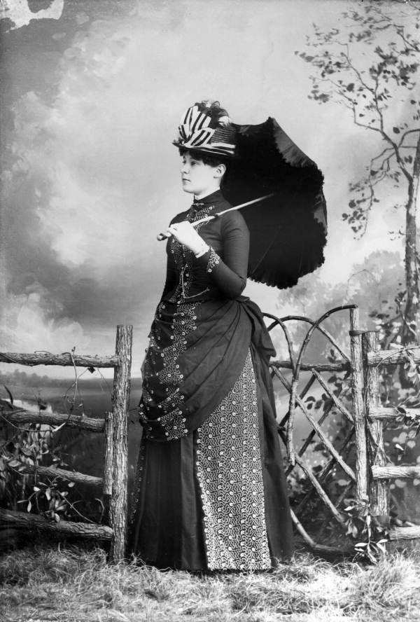 Mrs. Harris.  Harper, Alvan S., 1847-1911.  Florida Memory.