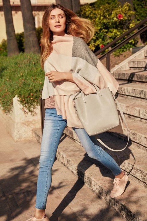 Kampania TOP SECRET wiosna 2017 denim trend, jeans poncho, ponczo, shopper bag, spring 2017 trends