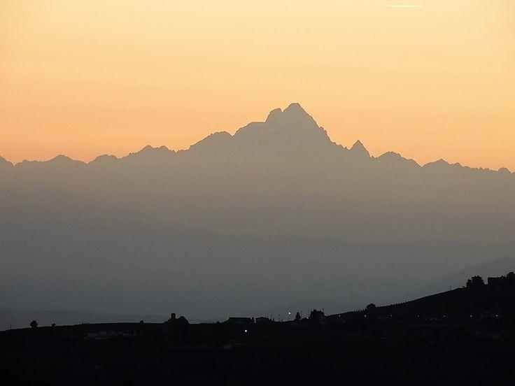 vista dal castello di Serralunga d'Alba