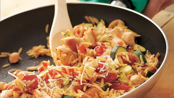 In just over half an hour, you can serve your family a filling chicken pasta dinner using Progresso® chicken broth!