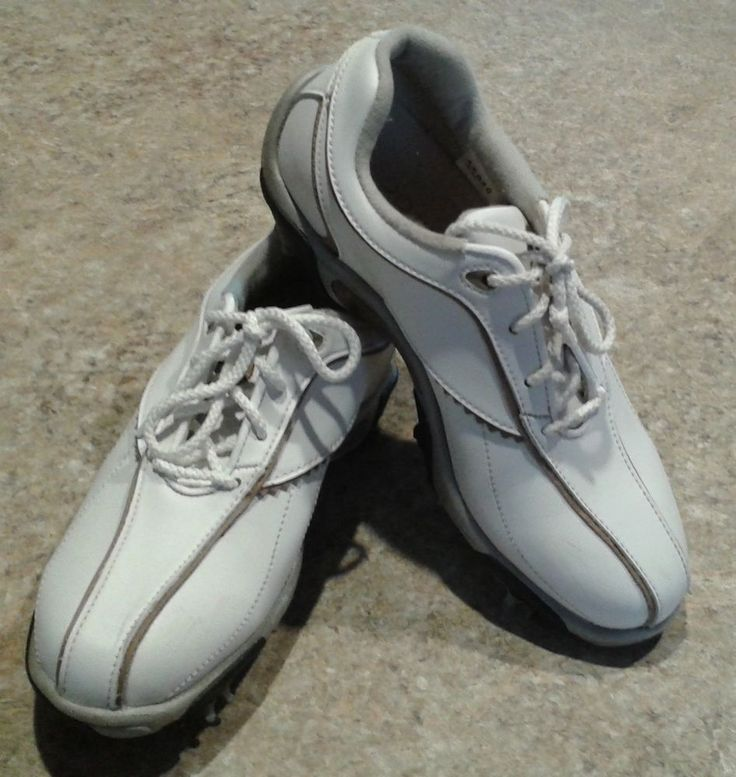 Footjoy junior golf shoe 45049 size 2m white soft cleats