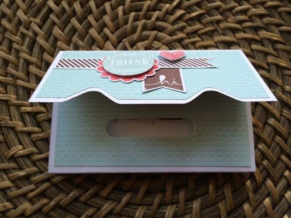 Kleine Verpackung mit dem Punchboard, Anleitung unter : http://stempelraeuber.blogspot.de/2014/02/anleitung-fur-eine-schokiverpackung.html