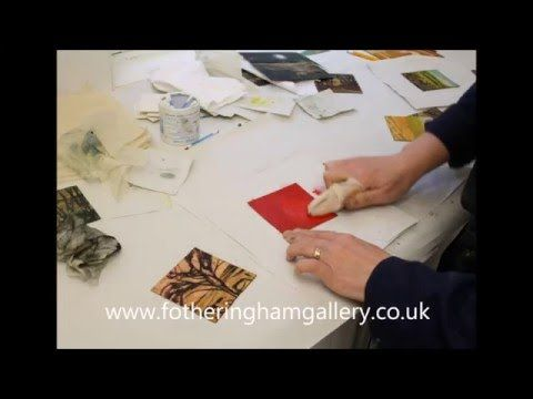 Printmaker Sarah Ross-Thompson demonstrating collograph printmaking. - YouTube
