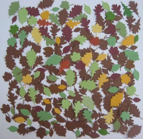 Dombormintás erezettel készült falevelek (2-4 cm) őszi esküvőn, lánybúcsún, eljegyzéskor desszertasztal, emléksarok, vacsoraasztal dekoráció