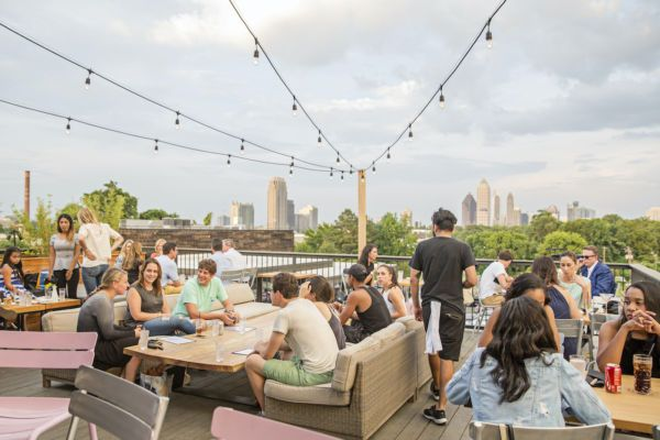 The Best Rooftops In Atlanta To Eat Drink And Be Merry In 2020 Best Rooftop Bars Atlanta Bars Rooftop Restaurant
