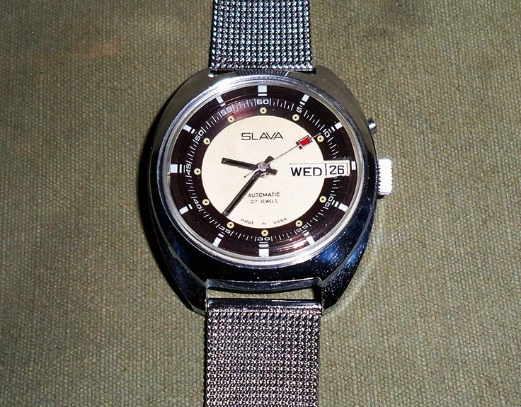 Slava 27 Jewel Automatic Dual Mainspring w Day-Date SSB 1984 (2427)