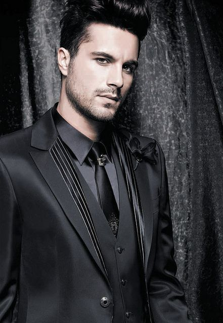 Gothic groom, Carlo Pignatelli fashion - just in case I do manage to convince Henry that his tux does not flatter ...