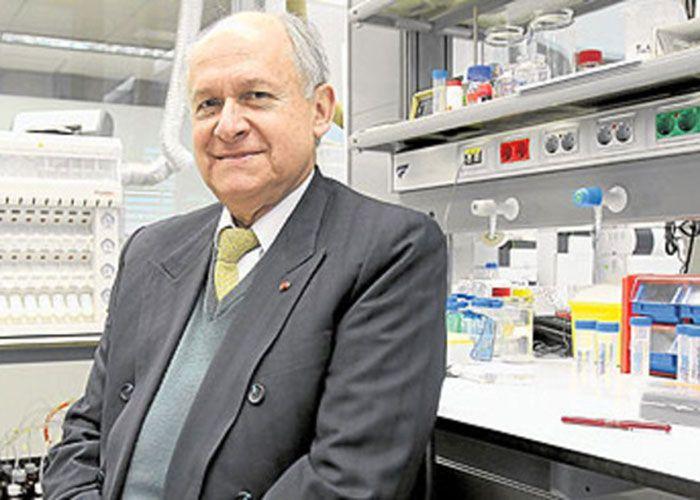 El científico colombiano trabaja en el primer laboratorio de biología molecular en el Amazonas para combatir esta enfermedad
